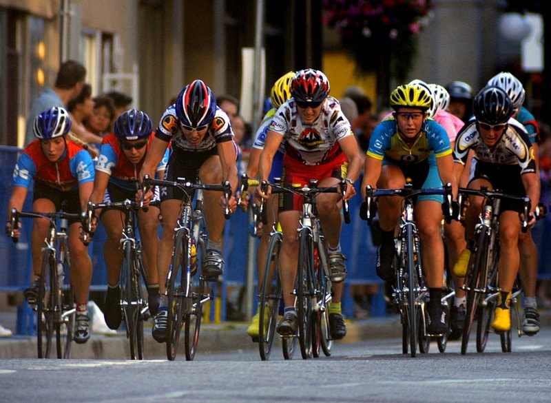 tour_de_gastown_2004_pack_07.jpg